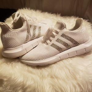 Adidas glitter kicks